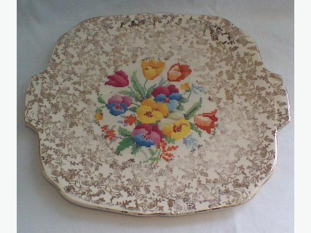 "H&K Tunstall ""Old English Sampler"" cake plate"
