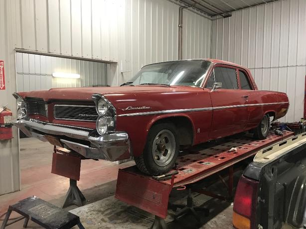 WANTED: 1963 pontiac laurentian parts