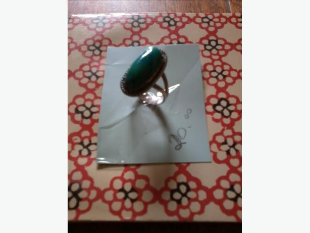 LADIES STERLING SILVER & TURQUOISE RING