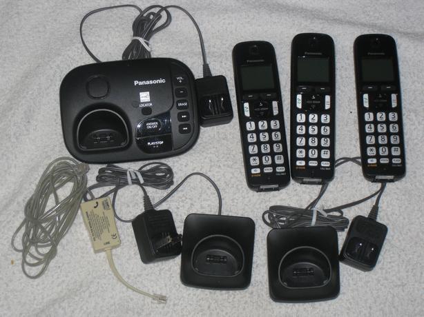 PANASONIC - CORDLESS PHONE / ANSWERING MACHINE