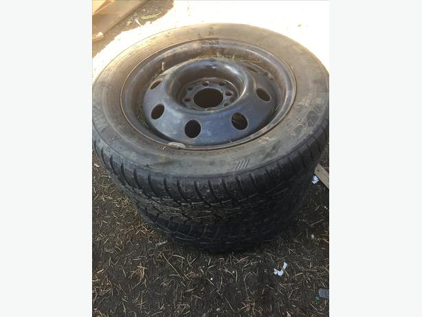 Pair of multi bolt steel rims 185/60R14