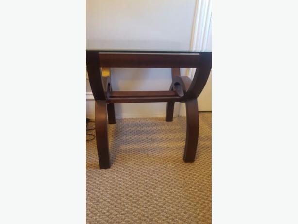 Brooklyn End/ Corner table / sell at the Brick for $179