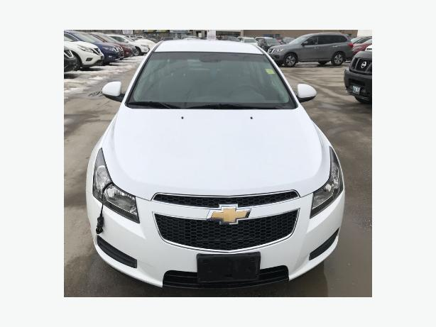 2012 Chevy cruze 78,000 kms $10800