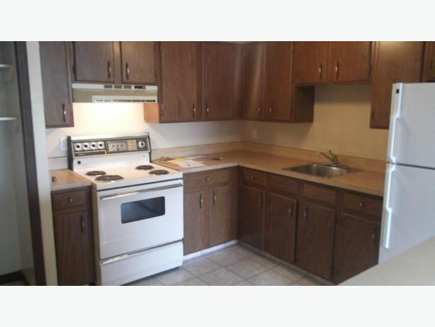 1 Bedroom Apartments Available In Cathedral on 2221 Robinson St