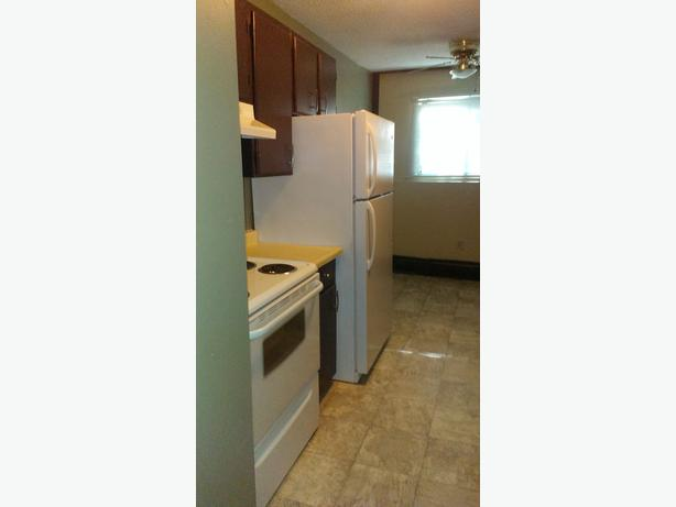 2 Bedroom Apartments on 2221 Robinson St in Cathedral
