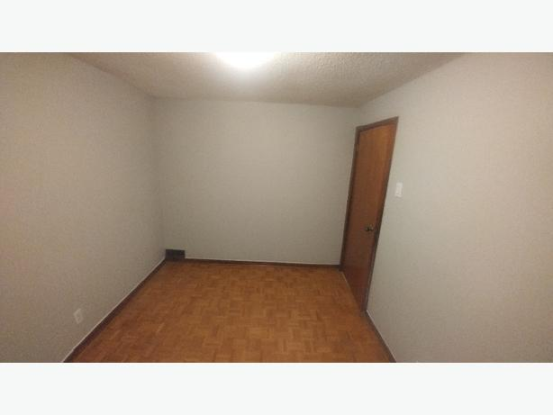April/May 1st 1 Bdrm in a 3Bdrm house Utilities Included