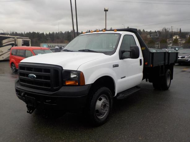 2007 Ford F-350 SD Regular Cab XL Dually Flat Deck 4WD Diesel
