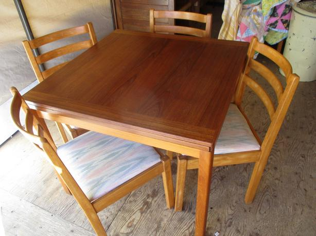 MID CENTURY TEAK TABLE & FOUR CHAIRS FROM ESTATE