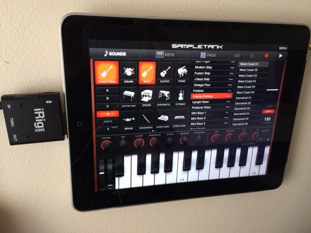 iRig Midi + Ipad 1 16gb and lots of music app worth hundreds