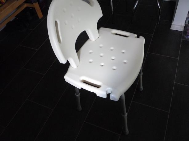 Shower seat / transfer seating