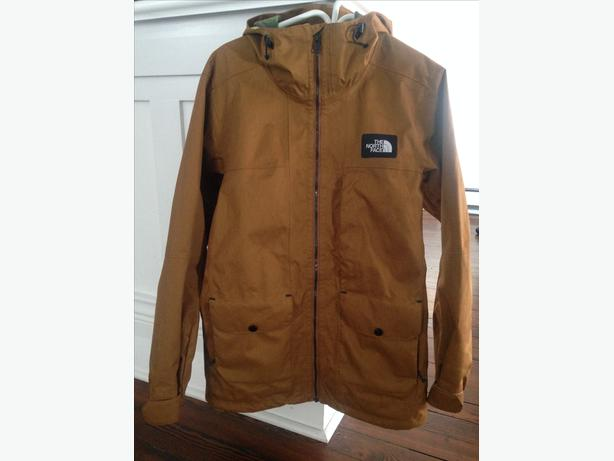 Almost New, Men's North Face (SMALL) Tight Ship Freeride Jacket