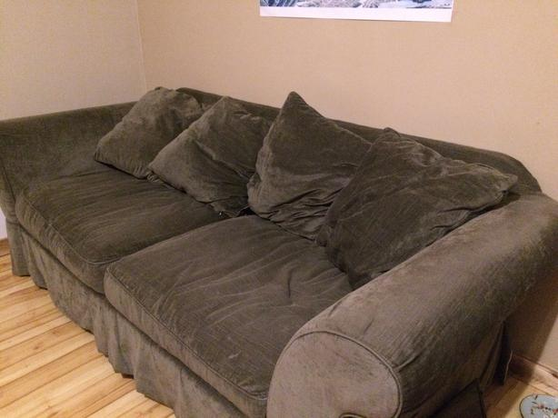 sofa in a great condition