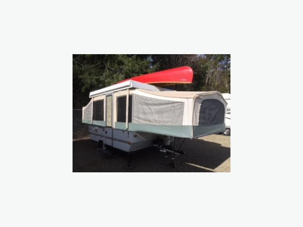 2000 Jayco Quest 10V Tent Trailer