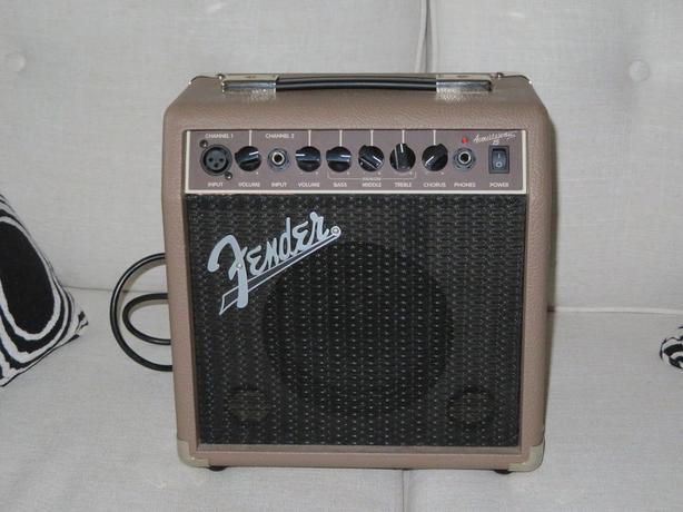 Fender Acoustasonic 15 Guitar Amp