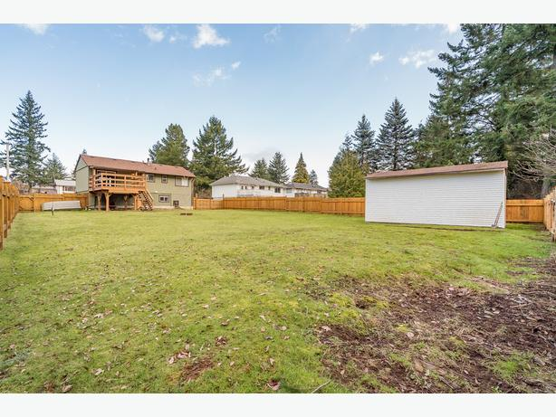 Great home on .31 flat acres FOR SALE in Pleasant Valley & OPEN HOUSE