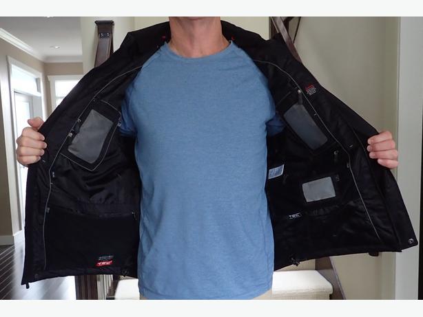 ScotteVest  Men's  Revolution Travel Jacket