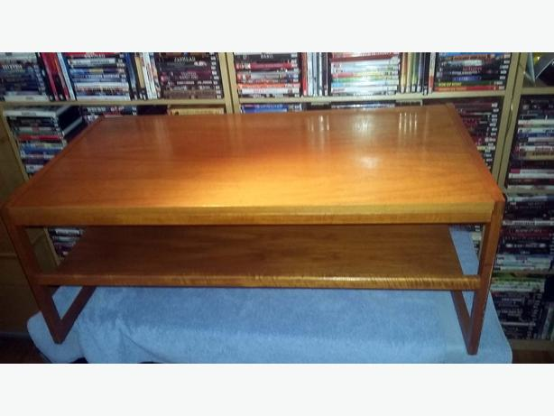 Teak Solid Wood Coffee Table like new