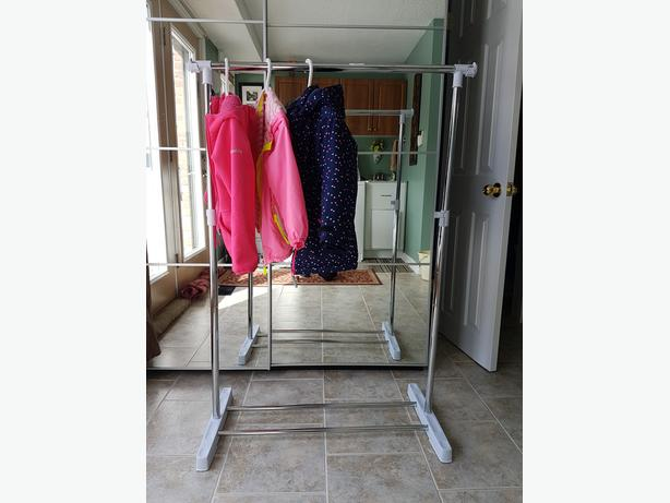 Garment/Clothes Rack on Wheels