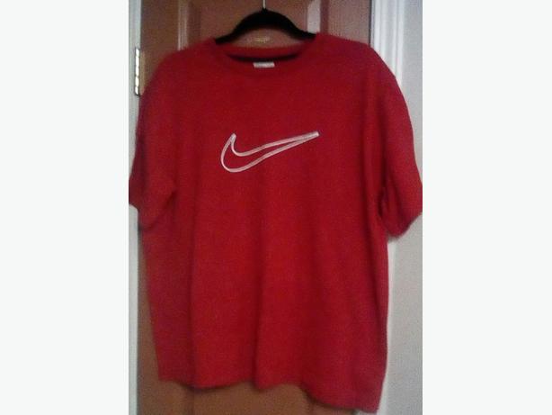 Red XL Nike Shirt