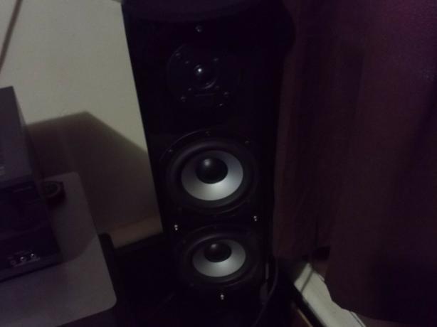 Tower speakers pair