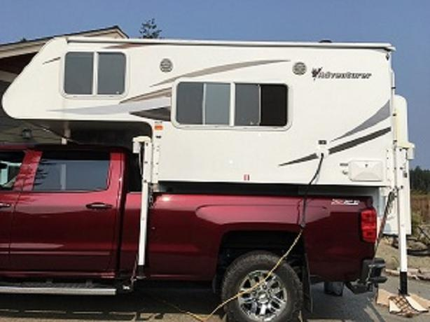 2012 Adventurer 80gs truck camper
