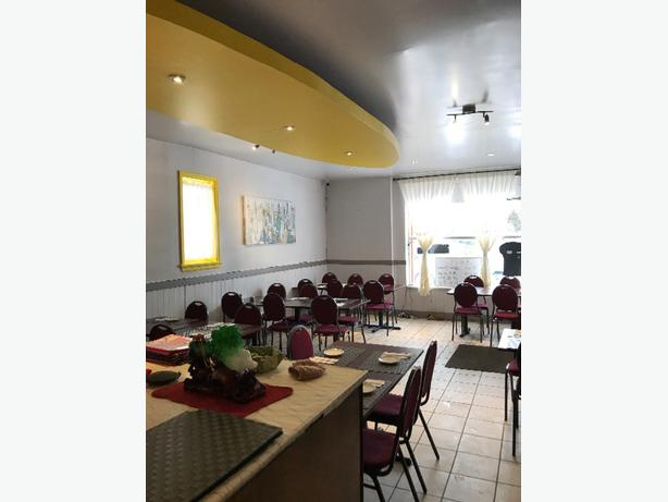 Reasonable price for good location restaurant