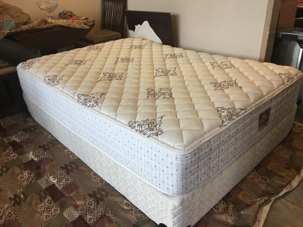 Firm serta double size bed