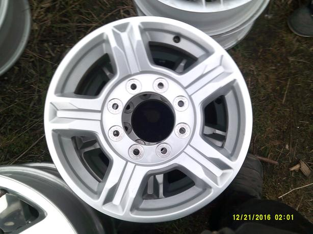"17"" Wheels Ford Pick Up Truck 8 Bolt Pattern"