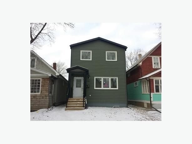 2014 build 2 bedroom suite in townhouse