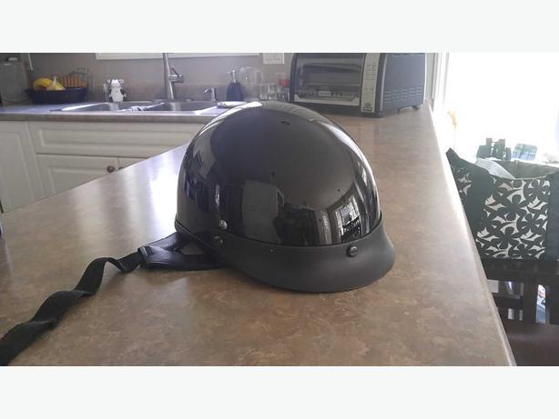 mens size large short motorcycle helmet