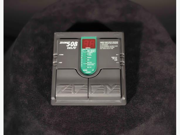 ZOOM 508 Echo / Delay pedal