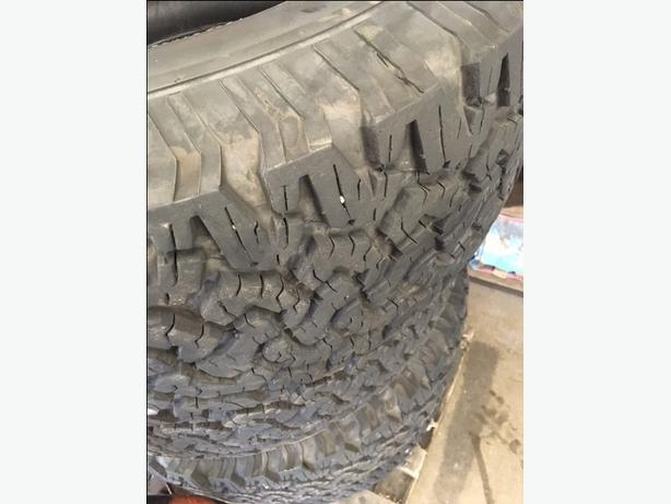 305/65R18 BF Goodrich All Terrain KO 10ply