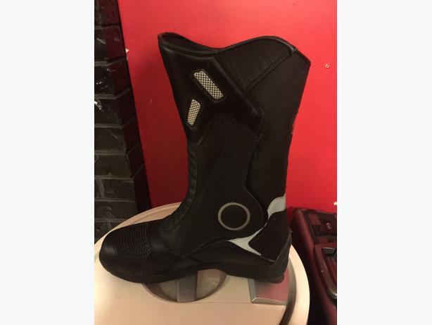 Joe Rocket boots
