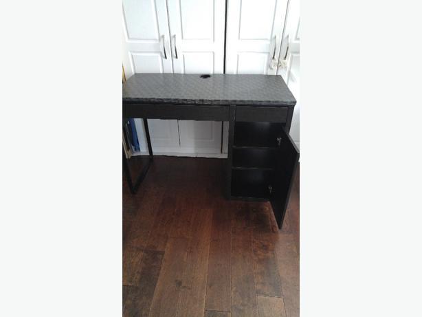 ikea black brown desk in good condition