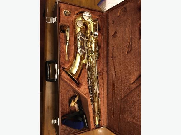 Yamaha YTS - 23 tenor  saxophone