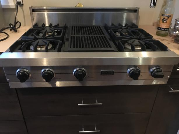 Viking Professional Gas Cooktop & Char-grill 36""