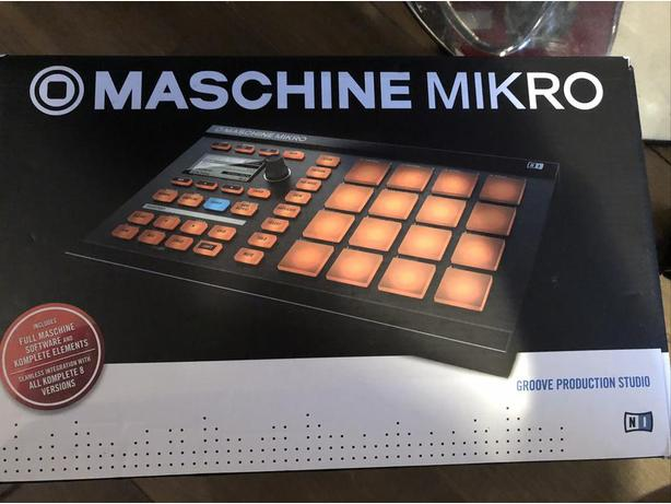MASCHINE MIKRO GROOVE PRODUCTION STUDIO