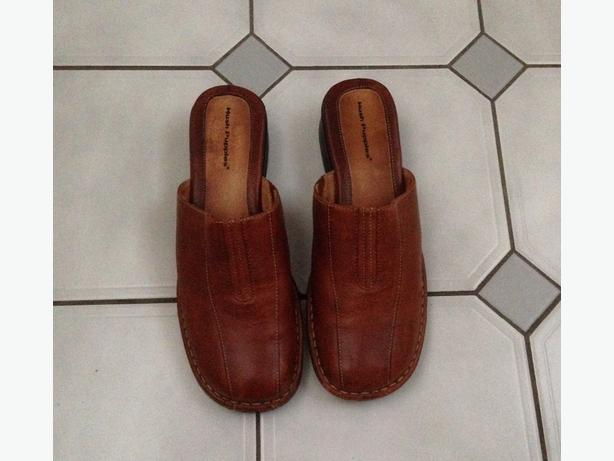 Hush Puppy Leather Shoes