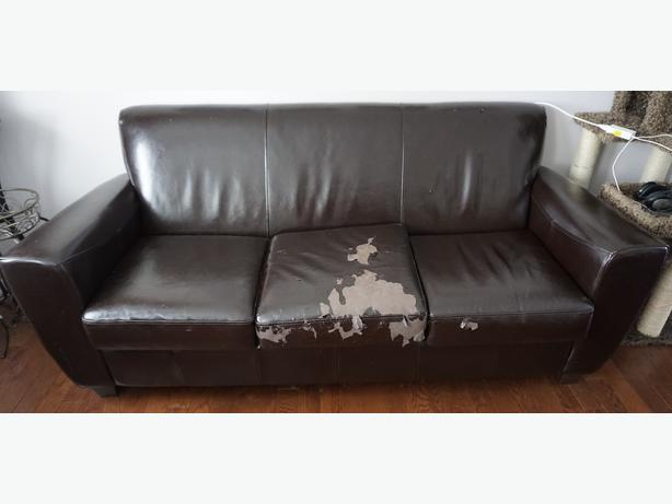 """leather"" couch"
