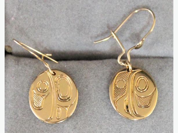 #157829-1 First Nations 18K Yellow Gold Lady Bug Earrings