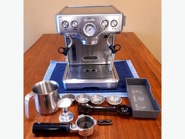 """Breville """"INFUSER"""" Espresso Maker BES830XL"""