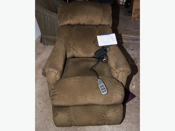 La Z Boy Motorized Recliner