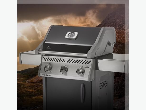 NEW Napoleon Rogue 425 propane gas barbeque