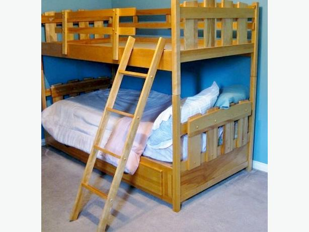 SOLID WOOD BUNK BED SINGLE OVER SINGLE AND 3 DRESSERS