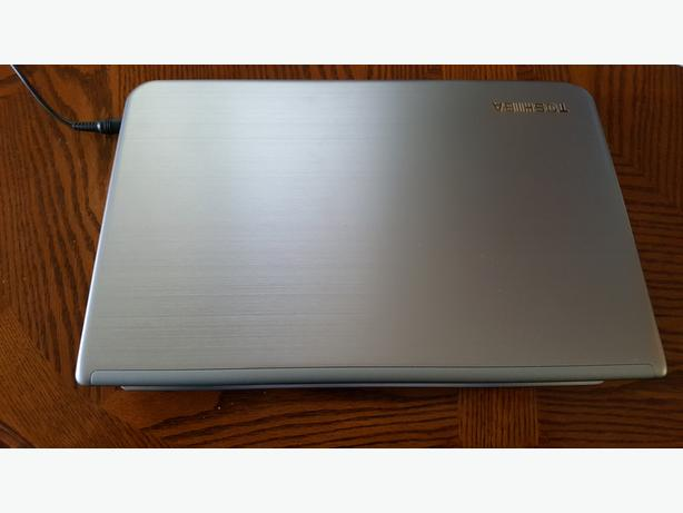 Toshiba Satellite Quad Core SSD HDD 16 GB RAM + new battery