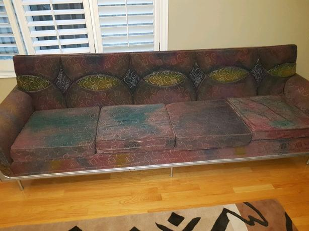 Vintage Retro Arty Couch