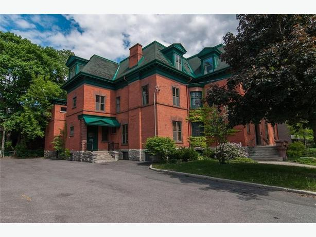 Office Available, Heritage Preserved Building in Sandy Hill Downtown Ottawa