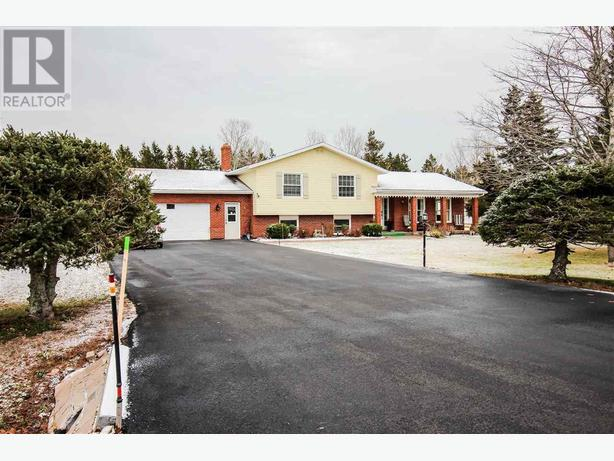 Beautiful Family Home in Miltonvale Park (Over 1 Acre!)