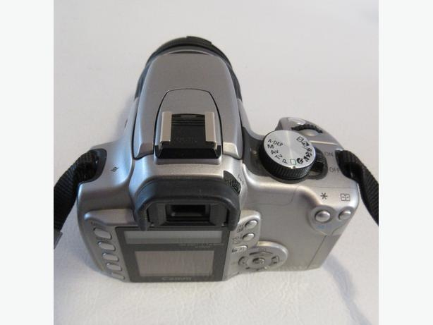 Canon Digital Rebel XT DSLR Camera with EF-S 18-55mm f3.5-5.6 Lens (Silver)