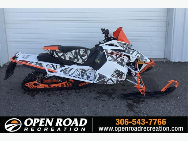 2017 Arctic Cat® ZR 6000 LXR ES (137)